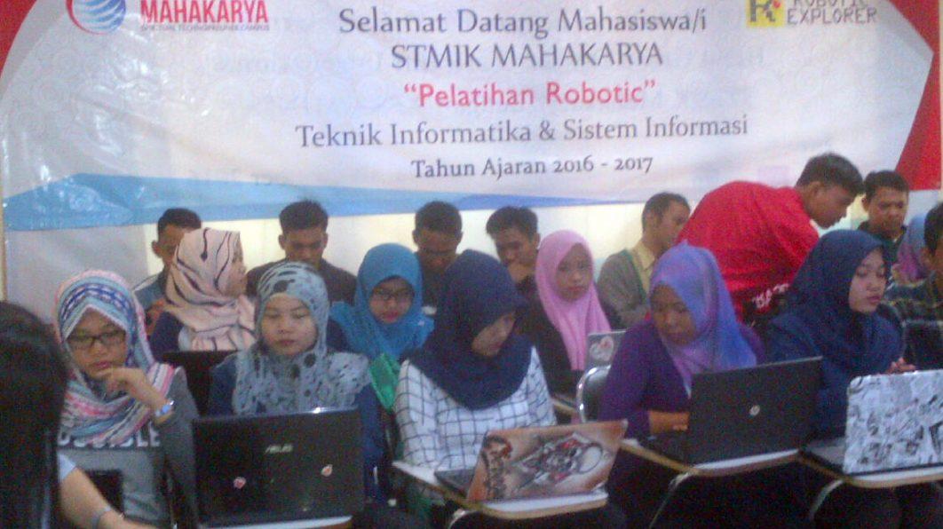 Pelatihan Robotik STMIK Mahakarya